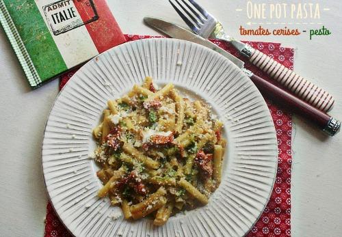 one-pot-pasta-tomates-pesto